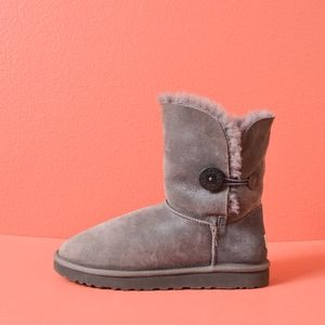Ugg Shiny Gray BAILEY Button II Boot 10